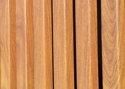 Knotwood Close-Up